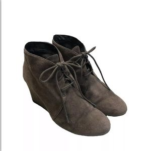 CLARKS Brown Suede Lace Up Wedge Ankle Boots Sz 8